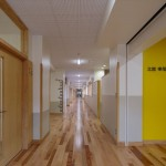 07_1階 廊下_2733_R